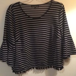Size 24 Fall/Winter top